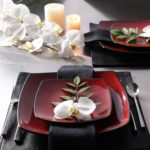 Gibson Soho Lounge 16Piece Square Reactive Glaze Dinnerware Set, Red